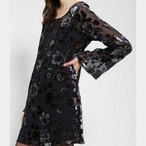 NWT UO Staring At Stars Floral Print Dress